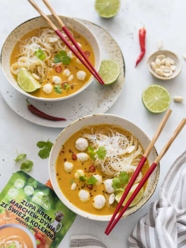 Zupa tajska z klopsami